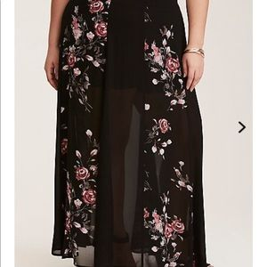 Torrid - black chiffon MAXI skirt NWT